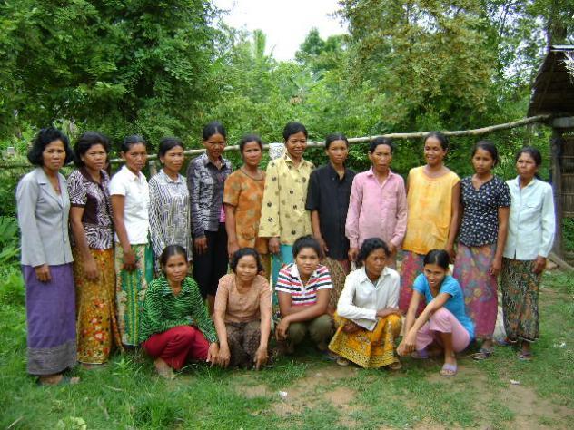 Mrs. Mach Van's Village Bank Group