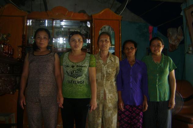 04.11.04 Nam Ngạn Group