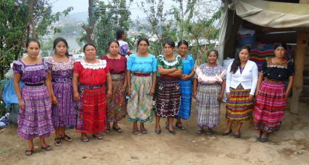 Las Esmeraldas De Chujib Group
