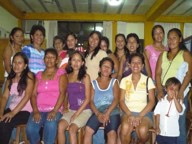 Mujeres Hacia Un Futuro Mejor Group