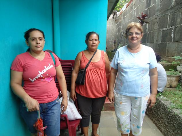 Amor De Mujeres Group