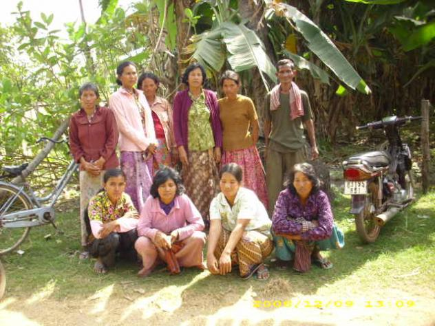 Mrs. Yab Loeng Village Bank Group