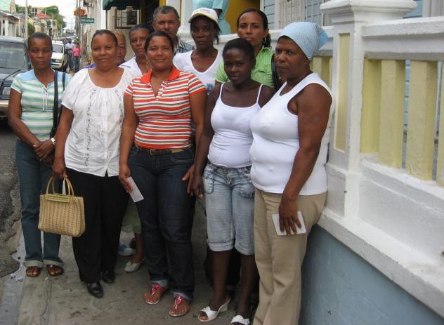 Luchando Contra La Pobreza Groups 1 And 2