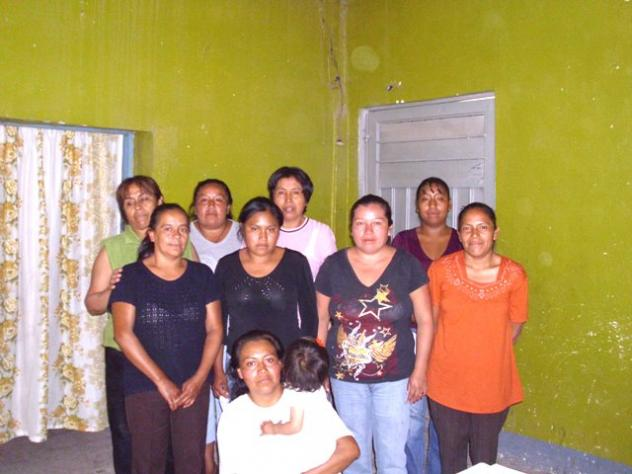 Chicas Alegres De Moyo Group