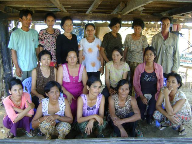 Mrs. Nhong Nheong Village Bank Group
